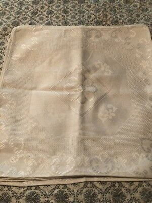 Incredible Lot Of 6 Vintage Damask Placemats Or Napkins. Pristine Condition