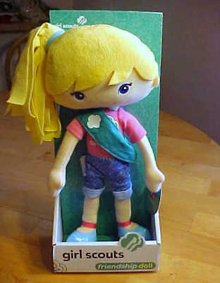 """Collectible 2013 Official Girl Scouts Friendship """"chloe"""" Doll, New In Package!"""