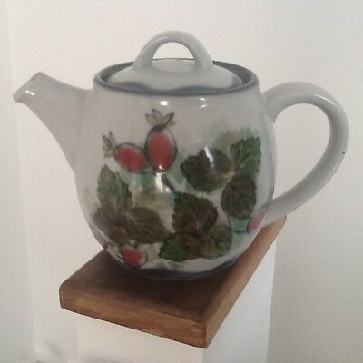 Rare Highland Stoneware Scotland Teapot Rose Hip Pattern
