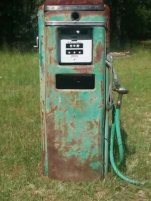 1956 All Original Tokeihm Gas Pump