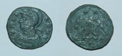 ANCIENT ROME : URBS ROMA - WOLF & TWINS - BRONZE Early 4th Century A.D.