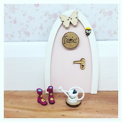 Fairy door / garden miniature wellies and watering can cute accessories