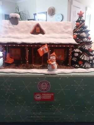 Ridgewood Collectibles ~ Henry's Holiday Home 2003 ~ University Of Tennessee
