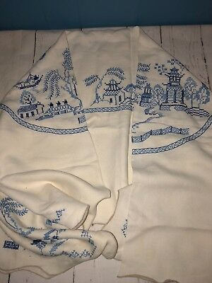 Stunning Blue Willow Skilful fine Hand Embroidered Large Tablecloth