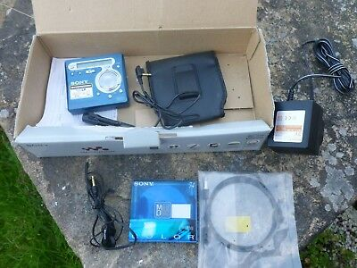 Sony Walkman Minidisc Player Recorder MZ-R700 boxed with accessories