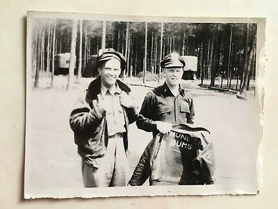 Wwii Photo  368Th Fighter Group Pilots With Thunder Bums Flight Jacket