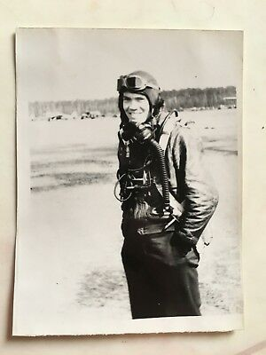 Wwii Photo  368Th Fighter Group Pilot In Full Flight Gear / P-47 Thunderbolt