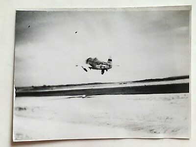 Wwii Photo  368Th Fighter Group P-47 Thunderbolt Taking Off