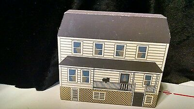 Amish Homestead Charm, Ohio Eastern Ohio Amish Cats Meow Collectibles Faline 90