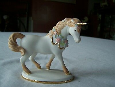 Vintage Magical Unicorn Figurine Horse Pony for Decoration Girl's Room