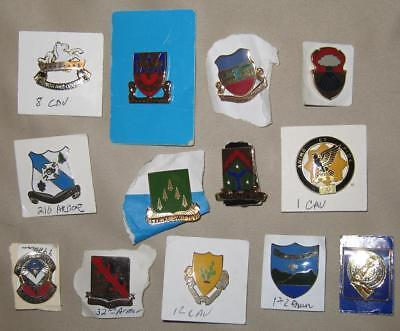 Lot of 13 US Army Distinctive Insignia DI/DUI/Crest--Armor and Cavalry units