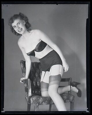 RISQUE vintage 1940s negative, LOVELY GLAMOUR BEAUTY POSED IN BLACK UNDIES #15