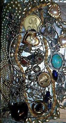 Huge Vintage & Now Jewelry Lot Estate Find Junk Drawer UNSEARCHED UNTESTED#lisa>