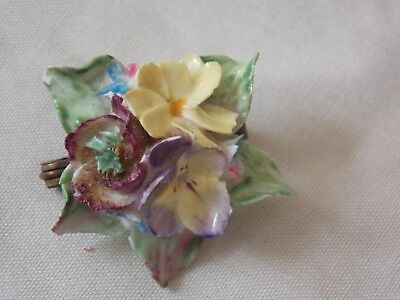 1940/50S Floral Design Primrose China Broach/brooch