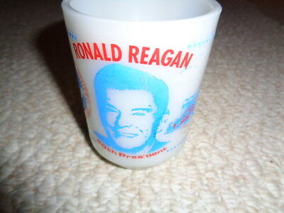 1980 Anchor Hocking milk glass souvenir Ronald Reagan coffee cup red blue print
