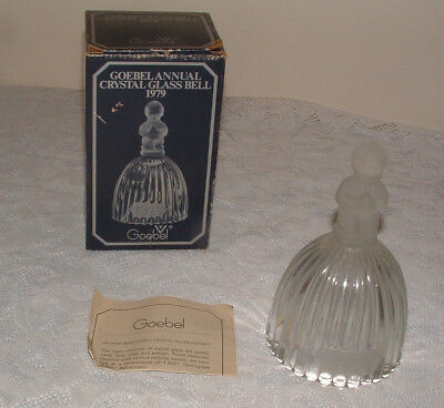 Goebel Crystal 1979 Bell+Box, Frosted Handle Glass Boy Praying