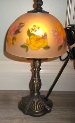 "Preown Preloved Shanghai Union Arts & Craft Co ROMANTIC FLOWERS Lamp 12.5"" Tall"