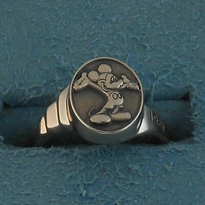 Rare 1989 Disney 20 Yr. Cast Member Ring~ Solid 14K White Gold Mickey Mouse