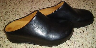 Women's FitFlop Shuv Leather Clogs Size 6 Black EXCELLENT