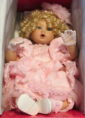 """2002 Marie Osmond """"All Toiled Up"""" 14"""" Sitting Doll W/Parasol In Box~Beautiful+++"""