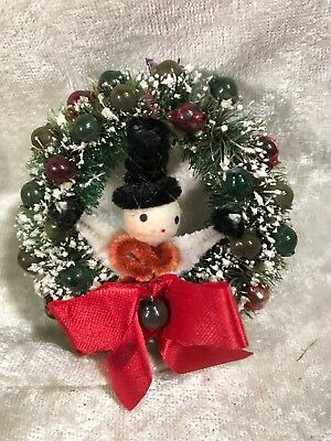 Vintage Pipe Cleaner Snowman In Bottle Brush Wreath Christmas Decoration Pin