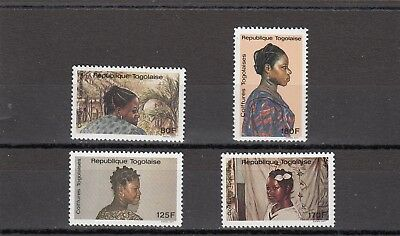 a117 - TOGO - SG2009-2012 MNH 1988 HAIRSTYLES