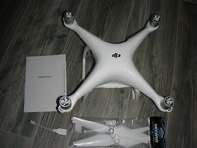 DJI Phantom 4 Replacement Body - mit Koffer und Propeller