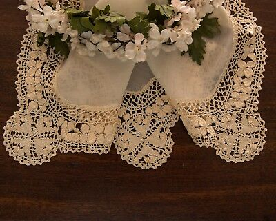 Lovely Antique Silk Maltese Lace Hanky