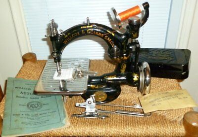 Antique Wilcox & Gibbs Sewing Machine w/Attachments in Box & Manual