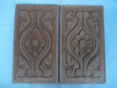 587 / Pair Of Mahogany Panels Hand Carved On Both Sides With Flower And Leaves