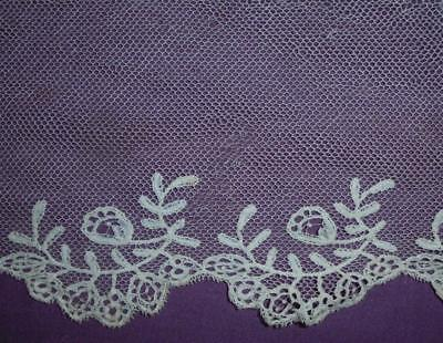 SUMMER CLEAROUT, FRAGMENT 19th CENTURY HANDMADE HONITON LACE, REF 237.