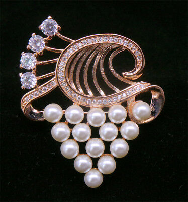Cubic Zirconia Grap Flower Pearl Designer White Brooch Pin BR M1 /19 19
