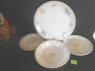 Oneida Stoneware 4 Piece set D Dinner & Salad Plate Saucer &  Soup or Pasta Bowl