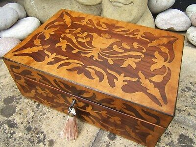 Lovely 19C Figured Maple And Rosewood Antique Jewellery Box - Fab Interior