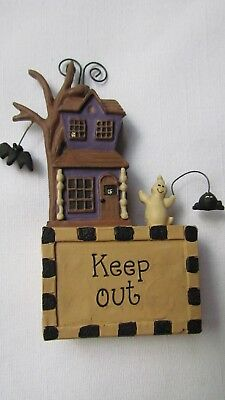 KEEP OUT small haunted house Figurine Blossom Bucket 116-85869 Halloween ghost