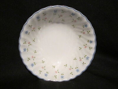Johnson Brothers - MELODY - Soup or Cereal Bowl