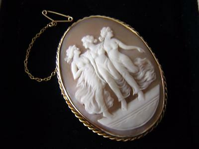 THE 3 GRACES or MUSES - ANTIQUE VICTORIAN SHELL CAMEO BROOCH PIN in GOLD MOUNT