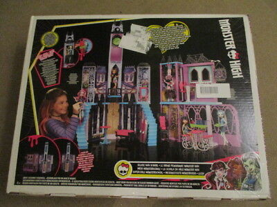 Mattel Monster High CJF48  Mega Monsterschule OVP