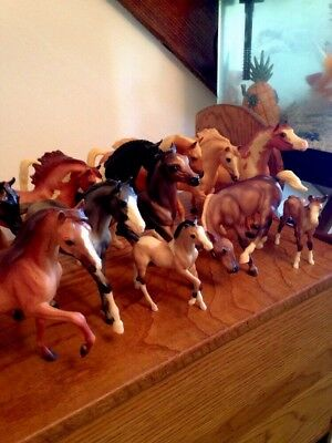 Breyer Molding Co Horse Horse Colt Foal Standing Running  Lot 12 All Colors.