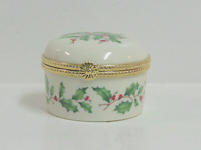 Lenox  Christmas Trinket Decorated with Holly & Berries MIB