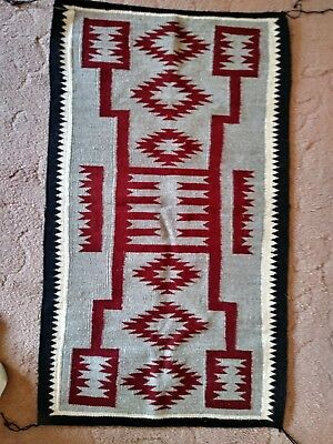 Handwoven navajo rug made from hand spun goat Wool.