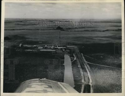 1949 Press Photo Air view of oil well of Socony Vacuum Oil Co in Venezuela