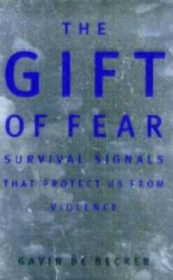 Gift of Fear by de Becker, Gavin Paperback Book The Cheap Fast Free Post