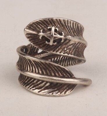 Tibetan Silver Hand-Carved Feather Statue Ring Necklace Pendant Gift Old T1/2