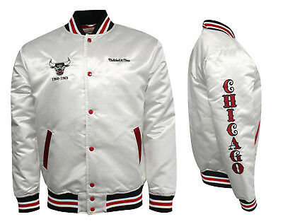 MITCHELL   NESS Chicago Bulls Windy City Satin Bomber Jacket White ... c20f41febbe7