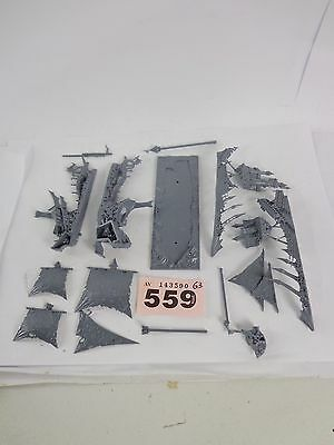 ML Warhammer Dreadfleet - Man O War - Vampire Ship Bloody Reaver