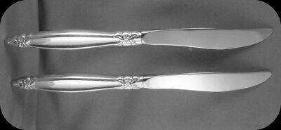 """TWO 1847 Rogers Garland 9"""" Dinner Knives TWO (2 sets of two available)"""