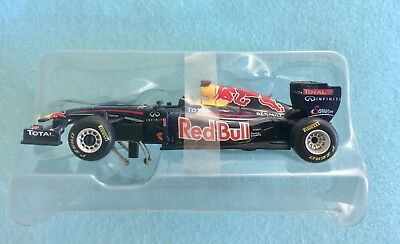 Carerra Digital 143 Formel 1 Rennwagen Red Bull