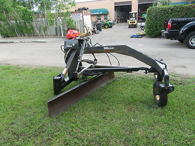 Bobcat 7 ft Grader Blade Attachment Skid Steers Universal Mounting Plate