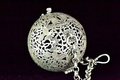 Collectible old Tibet Silver Handwork hollow out Bird & Flowers cricket cage